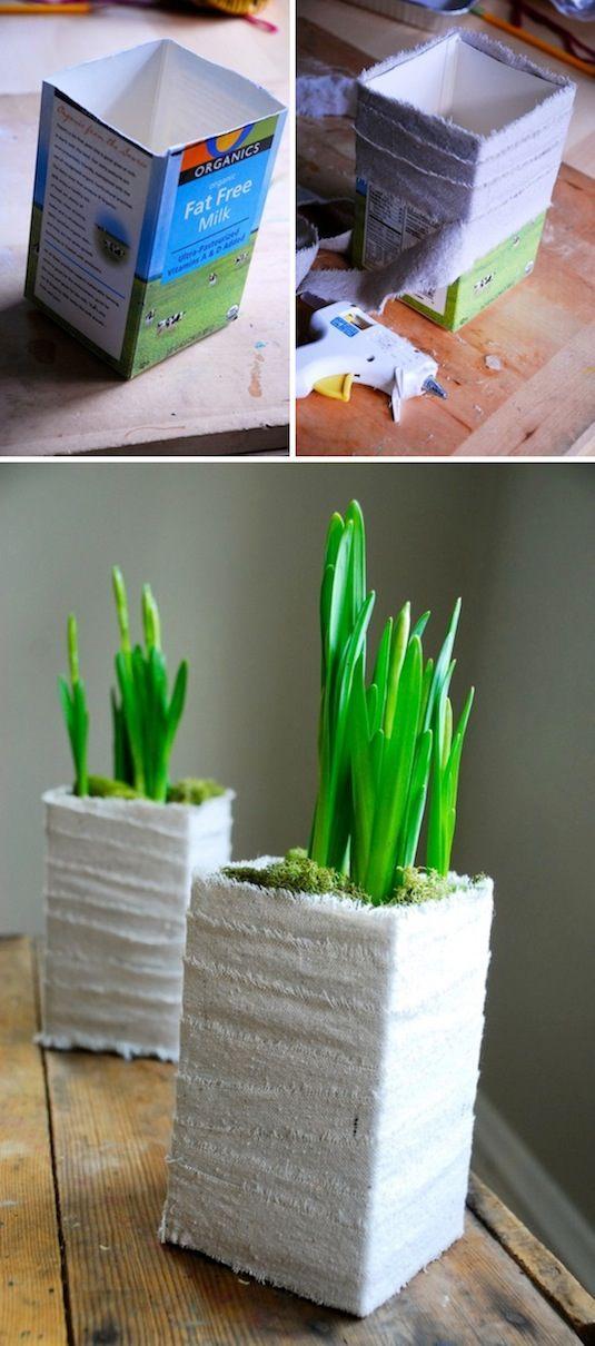 24 Idéias Creative Container Garden |  Cute plantador feito de um cartão de leite!